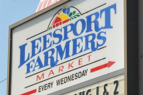 Leesport Farmers Market Sign